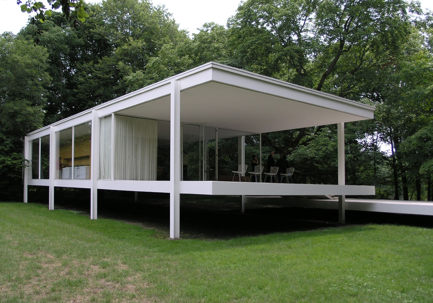 Farnsworth house buildings of chicago chicago for Home architectures