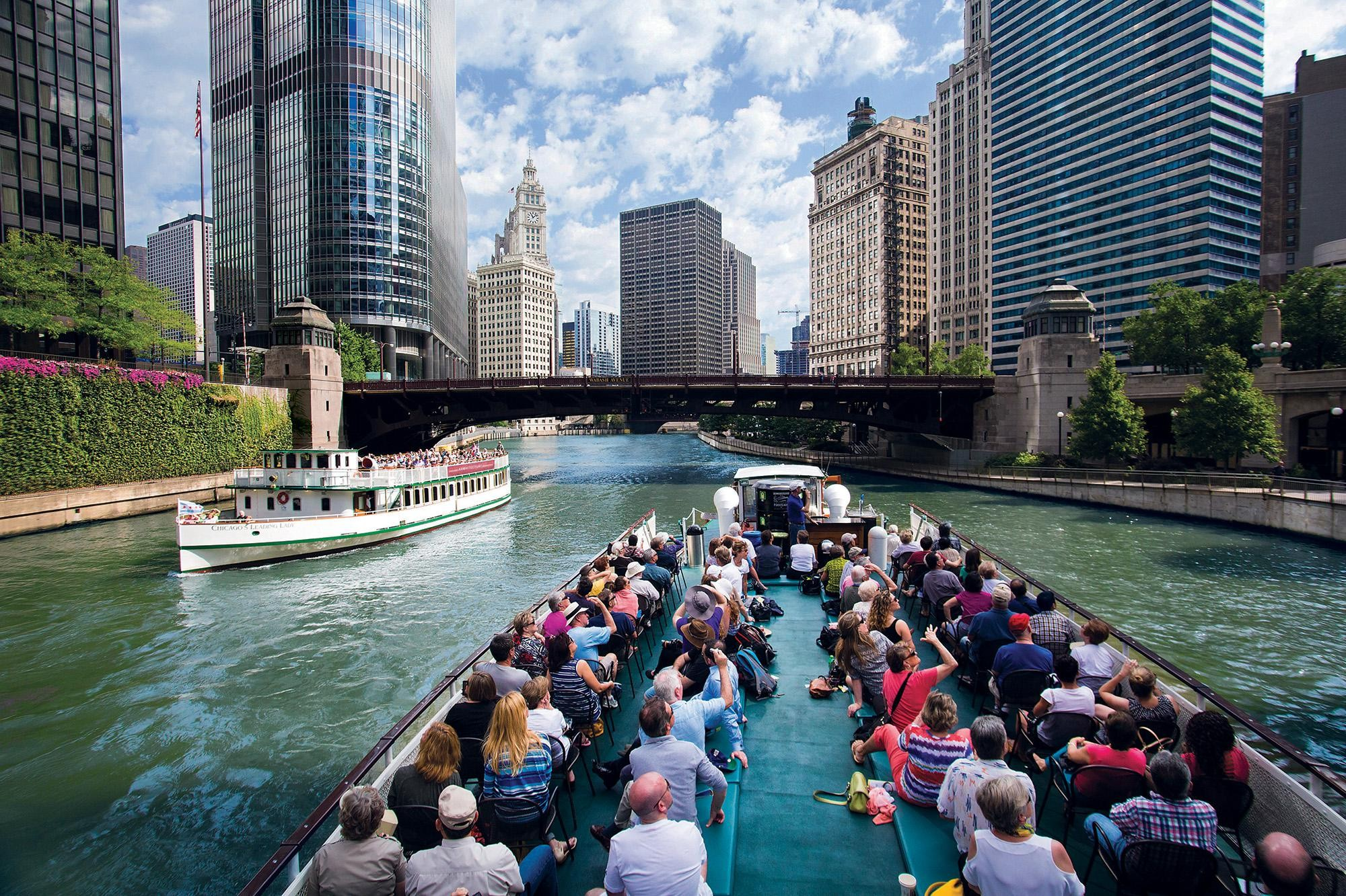 Arhitecture River Tours Chicago