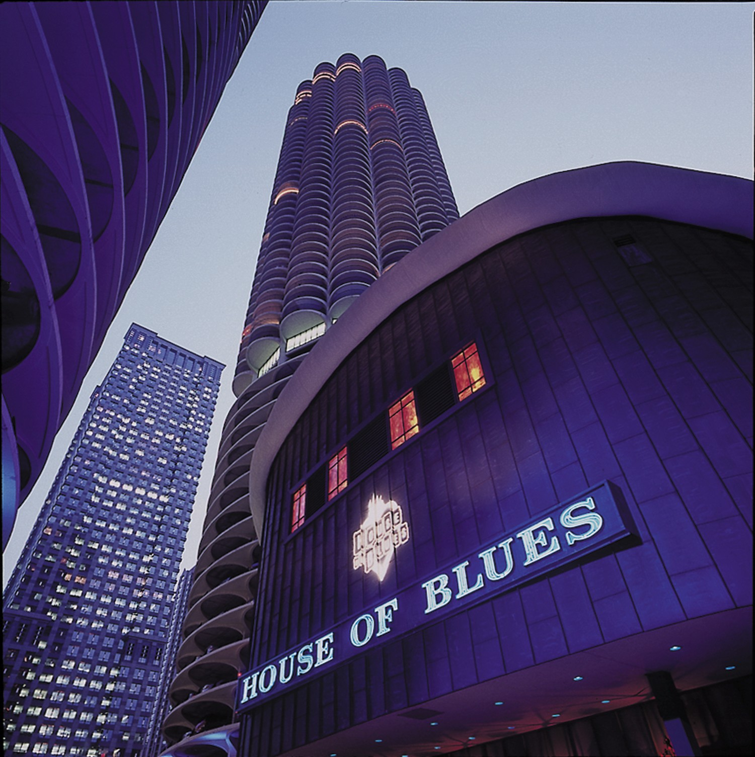 Foundation room at house of blues sites open house chicago for Housse of blues