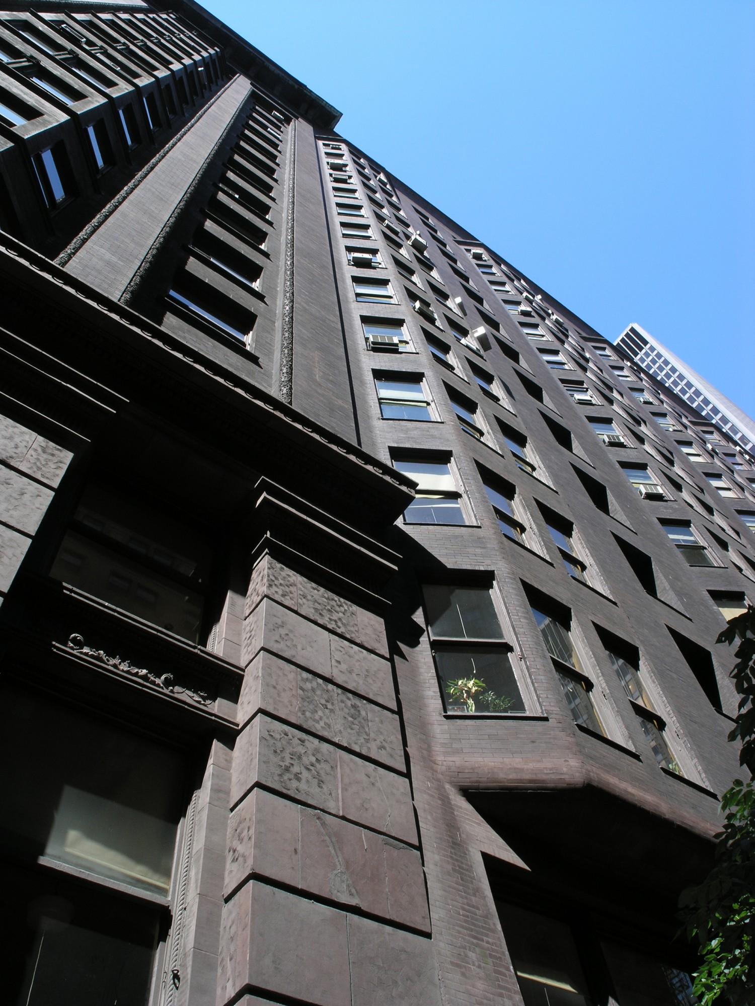 Daniel burnham architect planner leader tours for Commercial building architect