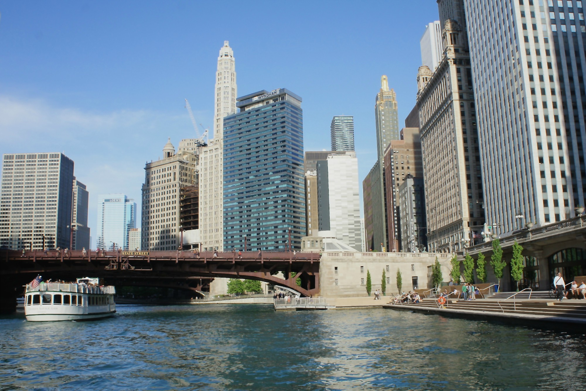 Chicago Riverwalk Whats New What To Expect  Chicago - Chicago kayak map
