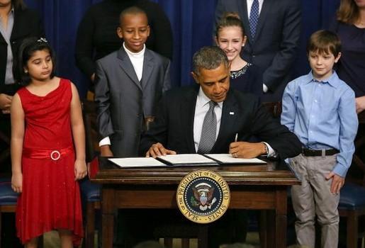 Obama And Biden Unveil Proposal To Decrease Gun Violence In U.S.