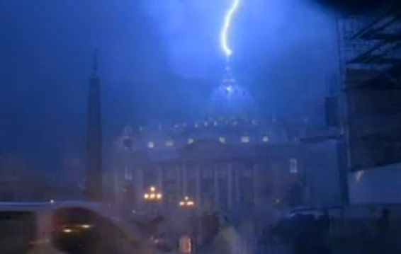 Lightening St Peters