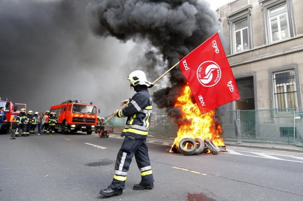 BrusselsFireman-12-13-2013