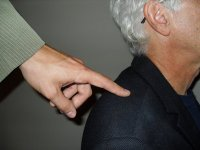 Tapping-Shoulder