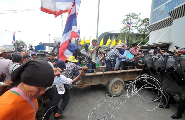 Thailand Farmer Protest 2-17-2014