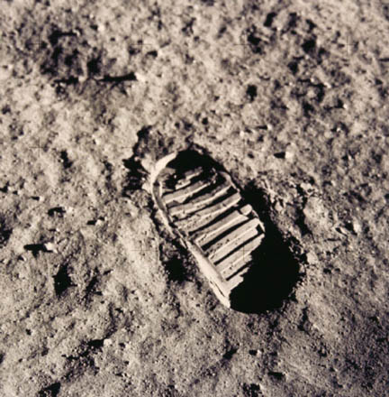 Neil_Armstrong_Footprint