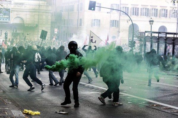 EuropeanProtest 4-14-2014
