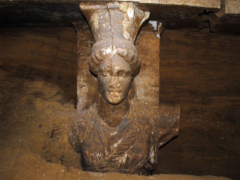Alexander-tomb