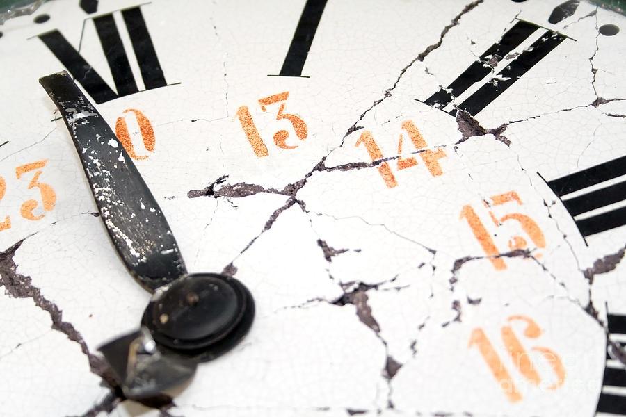 Clock-Broken