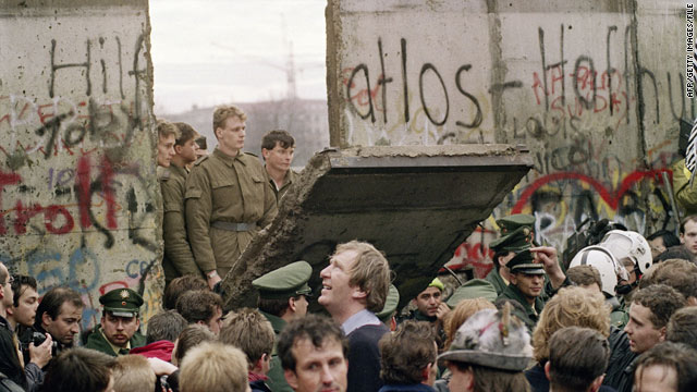 Berlin Wall Nov 1989