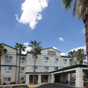 Comfort Suites at Metro Center><span class=
