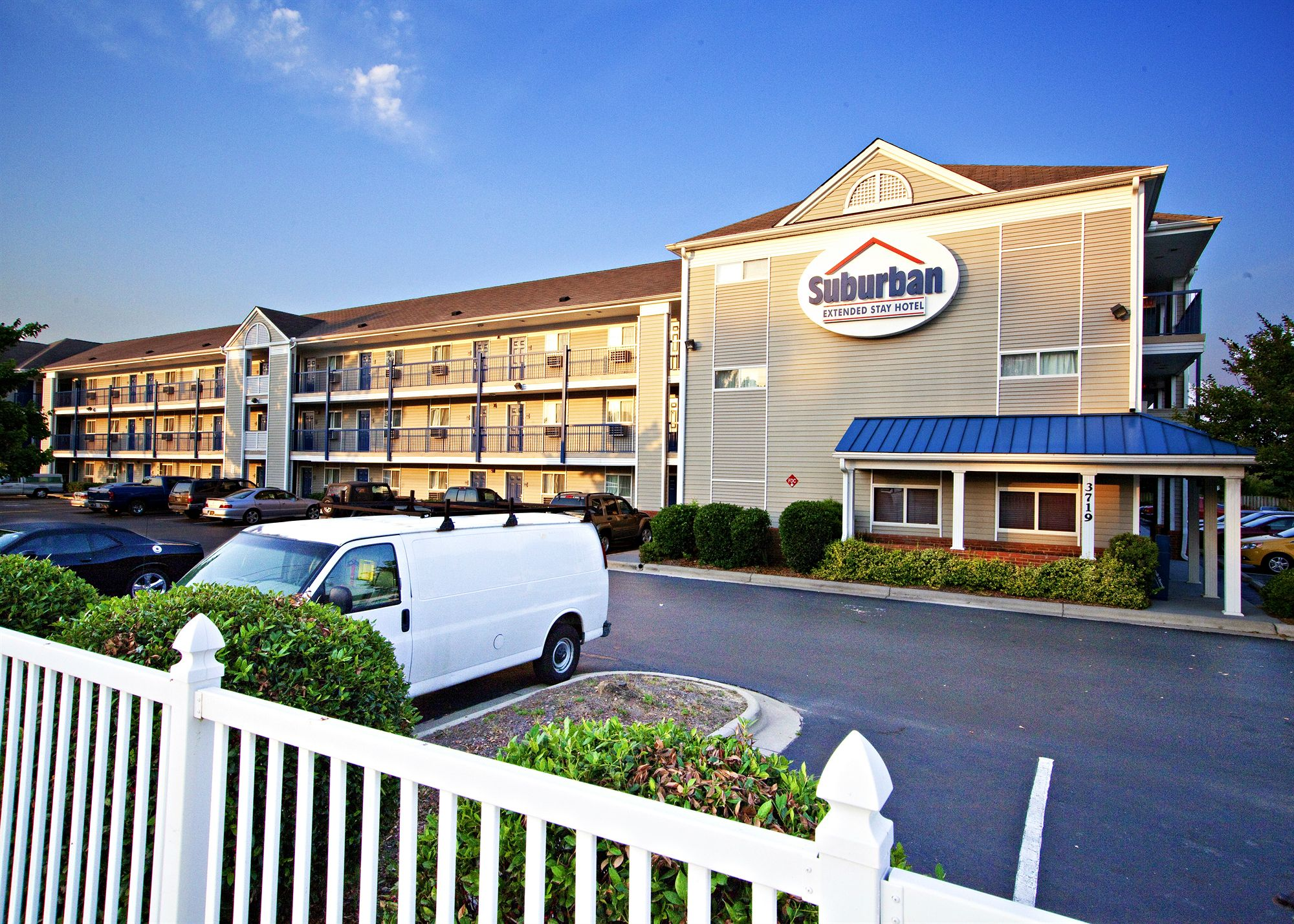 Fayetteville Hotel Coupons for Fayetteville, NC - FreeHotelCoupons.com