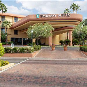 Embassy Suites Phoenix - Biltmore><span class=