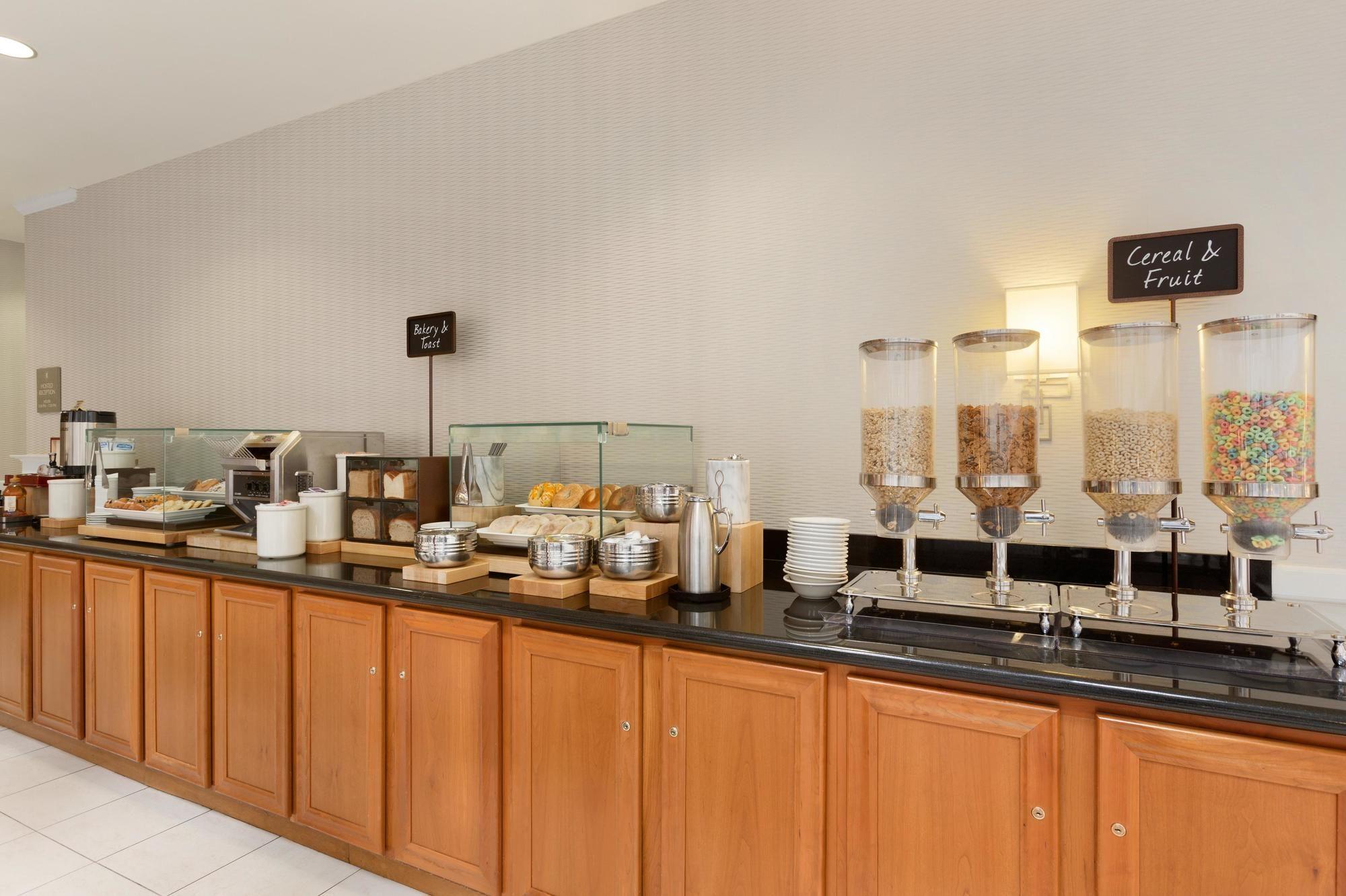 Embassy Suites Newark - Wilmington/South in Newark, DE