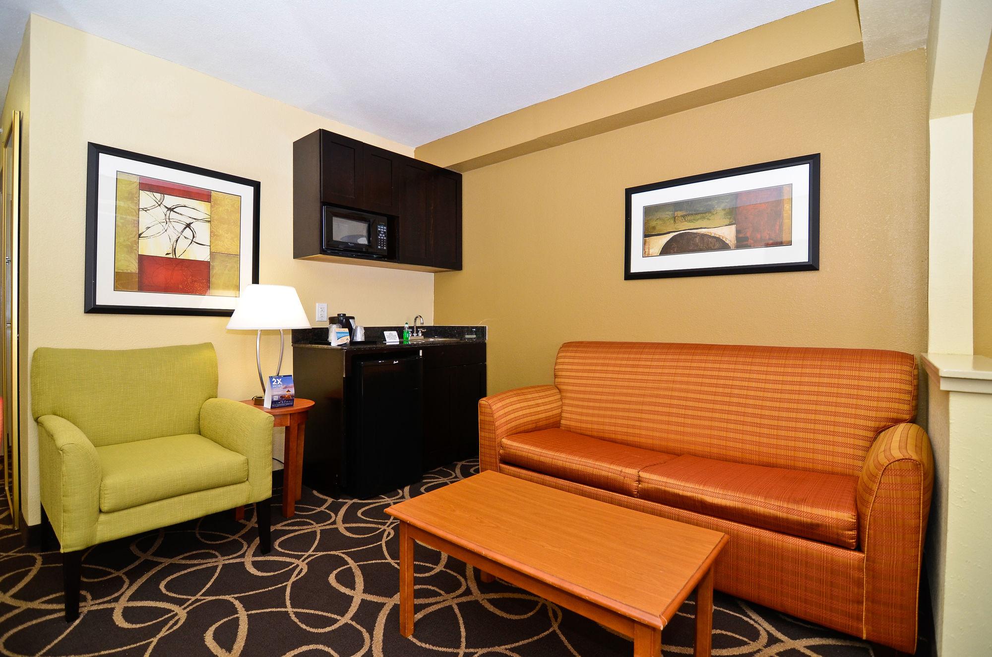 Holiday Inn Express Atlanta-Stone Mountain in Stone Mountain, GA