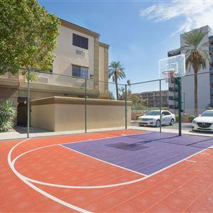 Holiday Inn Express Suites Phoenix Downtown  Ballpark