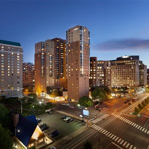 Hotel coupons in arlington va for Hilton garden inn crystal city va