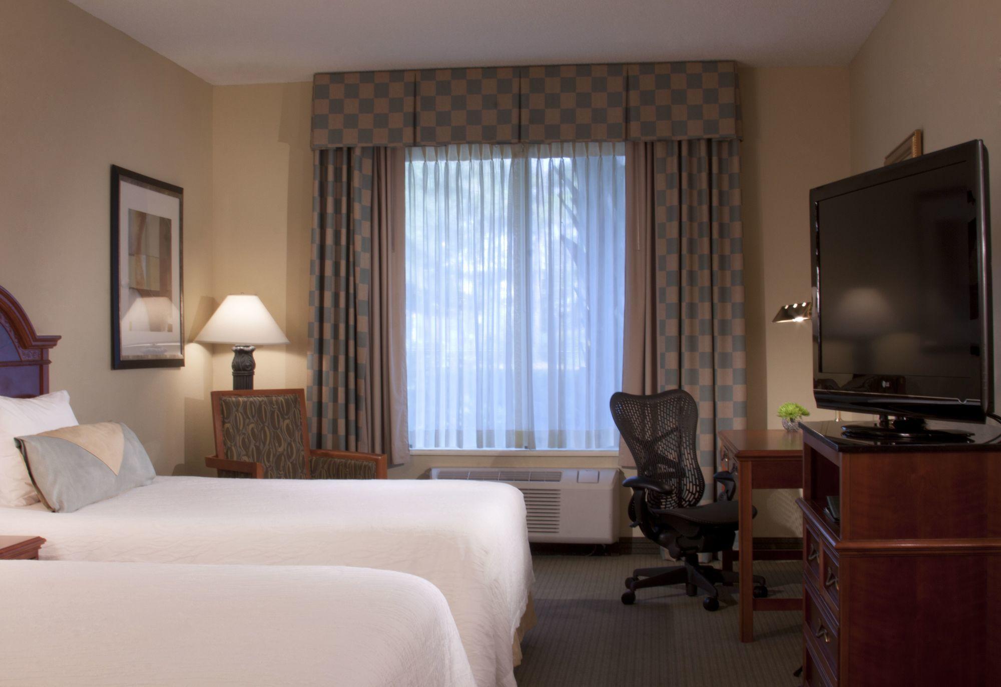 Discount Coupon For Hilton Garden Inn Jacksonville Jtb Deerwood Park In Jacksonville Florida