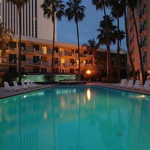Hilton Garden Inn Phoenix Midtown><span class=