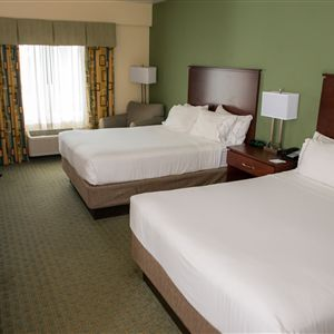 Holiday Inn Express & Suites Cocoa in Cocoa, FL