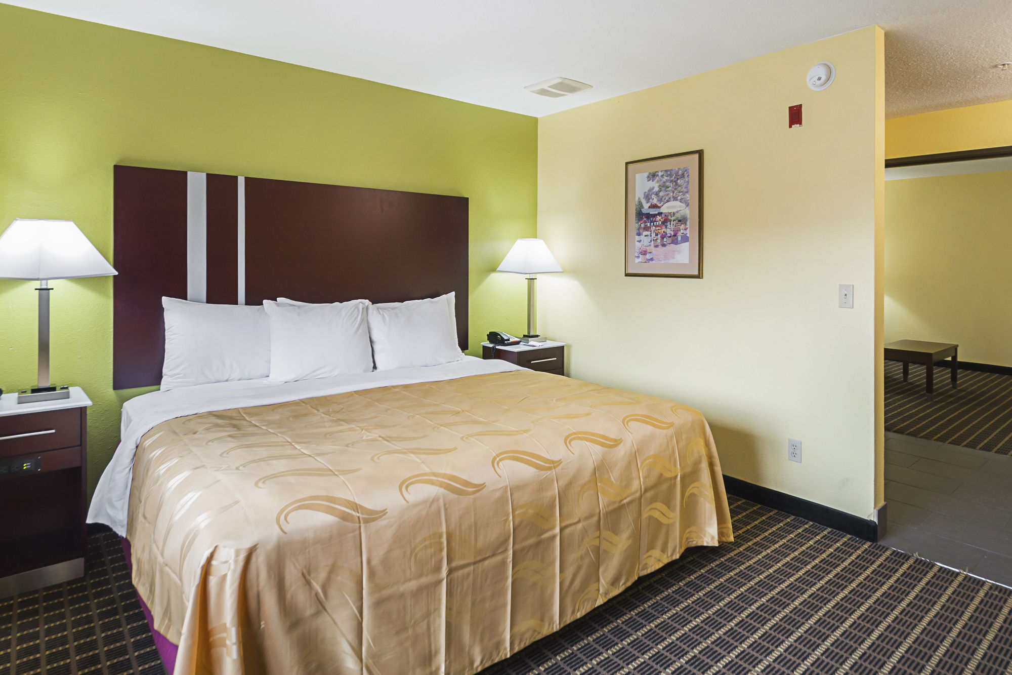 Quality Inn and Suites in Harrington, DE