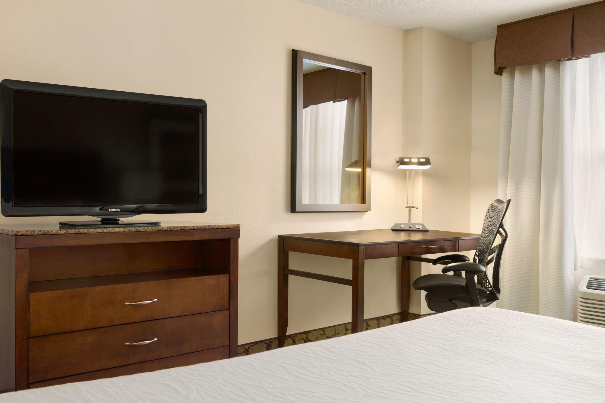 Discount Coupon For Hilton Garden Inn Atlanta Perimeter Center In Atlanta Georgia Save Money