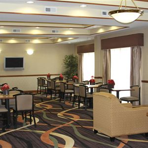 BEST WESTERN Smithfield Inn booking