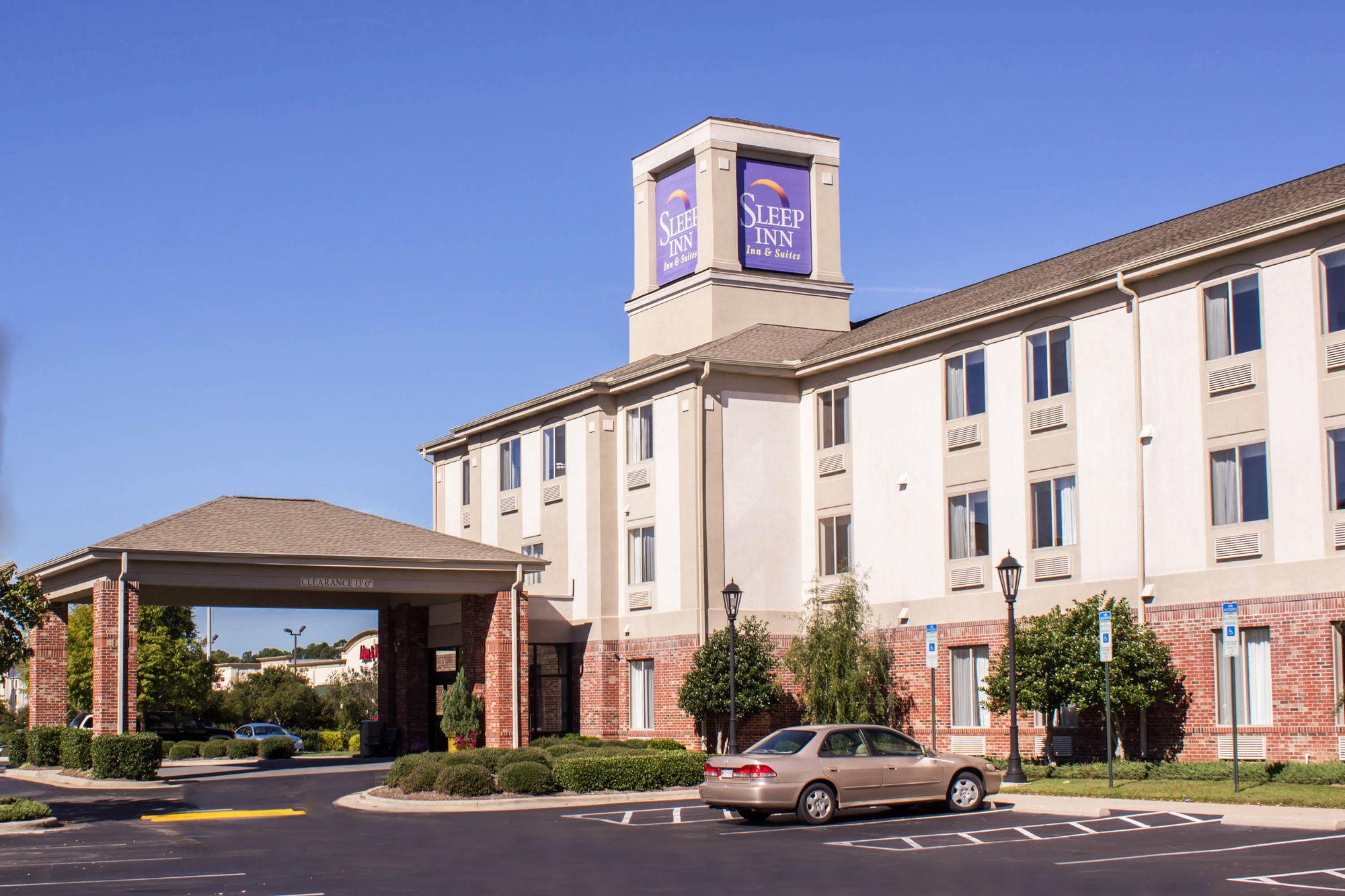 Sleep Inn & Suites in Smithfield, NC