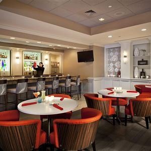Radisson Hotel Phoenix Airport><span class=