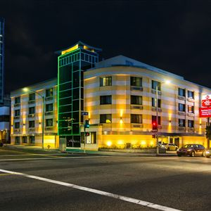 Hotels Near  North Robertson Blvd West Hollywood Ca