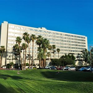 Phoenix Airport Plaza Hotel