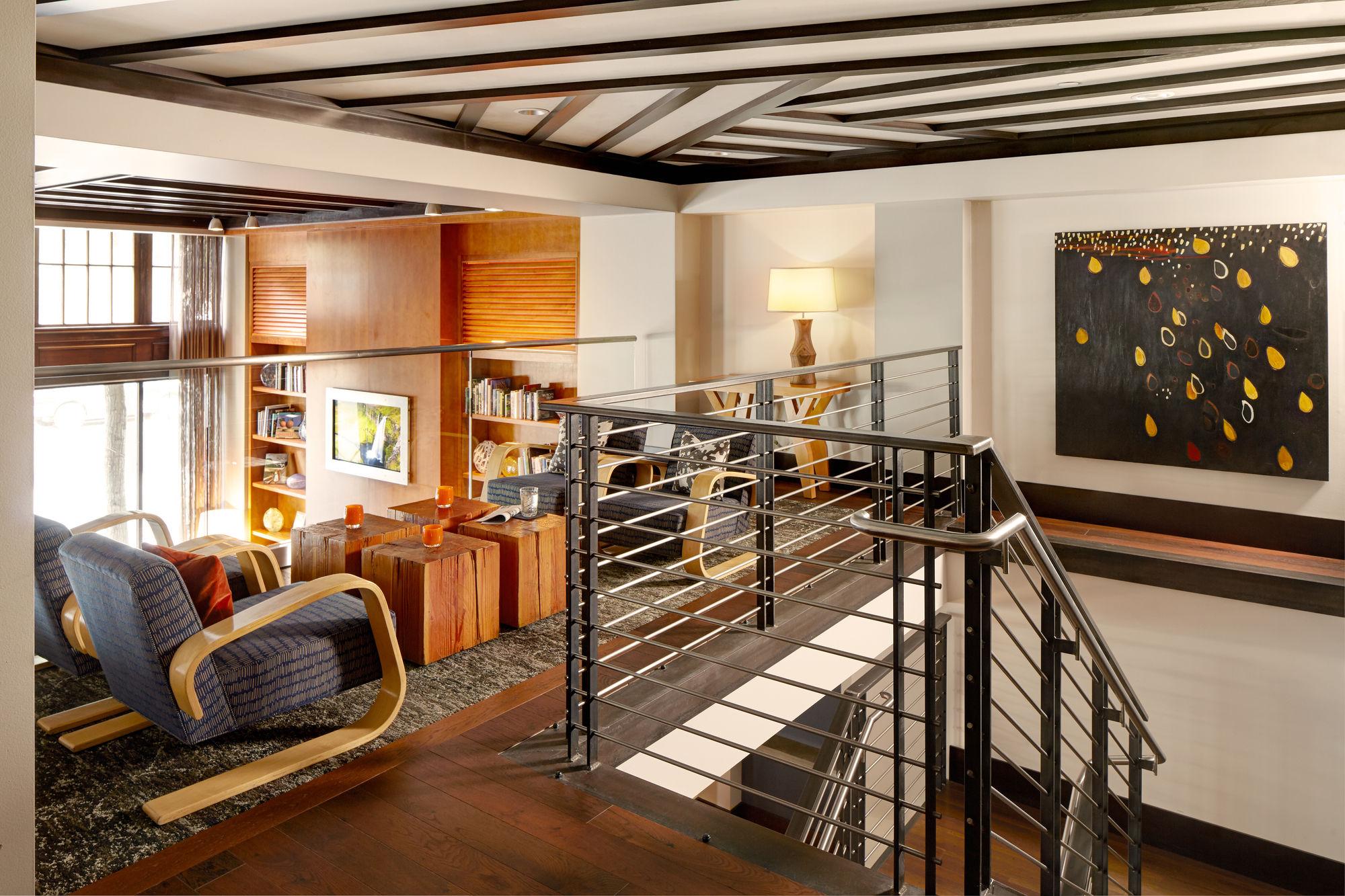 Hotel Andra, Seattle, WA : Five Star Alliance