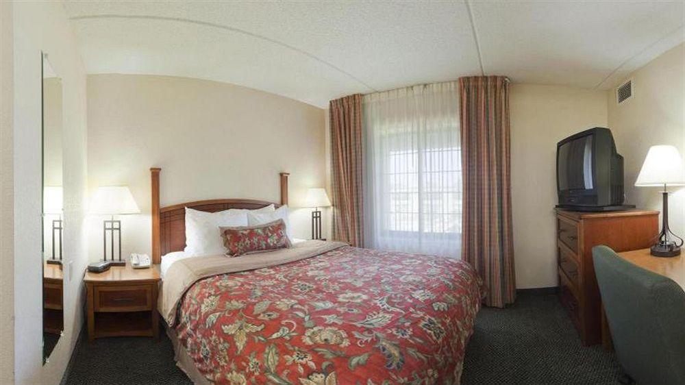 Staybridge Suites Wilmington-Newark in Newark, DE