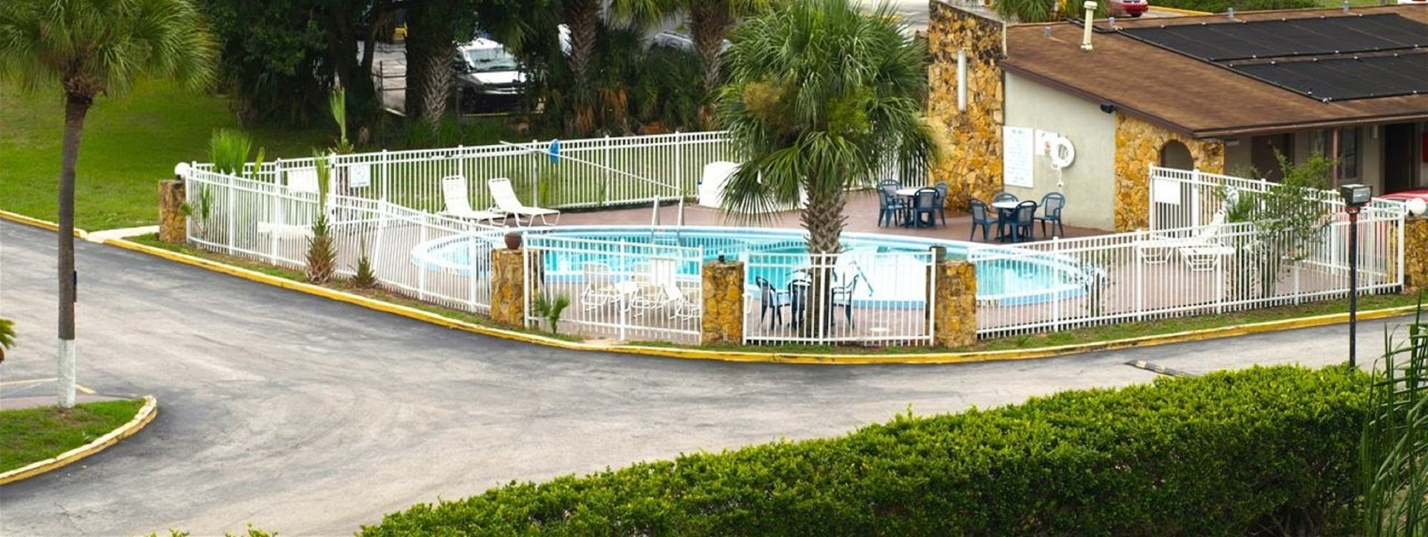 Knights Inn in Kissimmee, FL