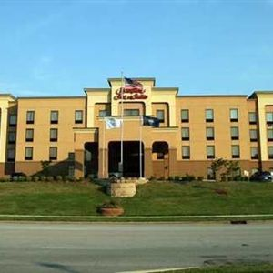 Hampton Inn - Suites Louisville East