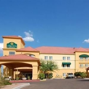 La Quinta Inn Suites Phoenix I 10 West
