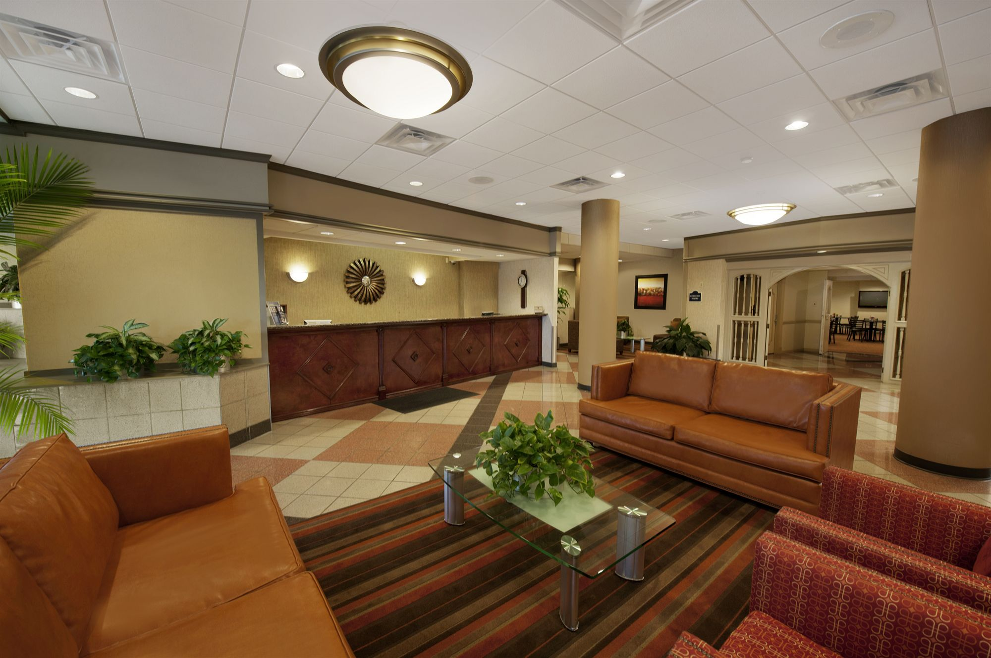 Airport Plaza Inn Discount Coupon For Airport Plaza Inn Conference Center In