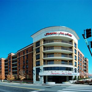 Hampton Inn - Suites Nashville-Downtown