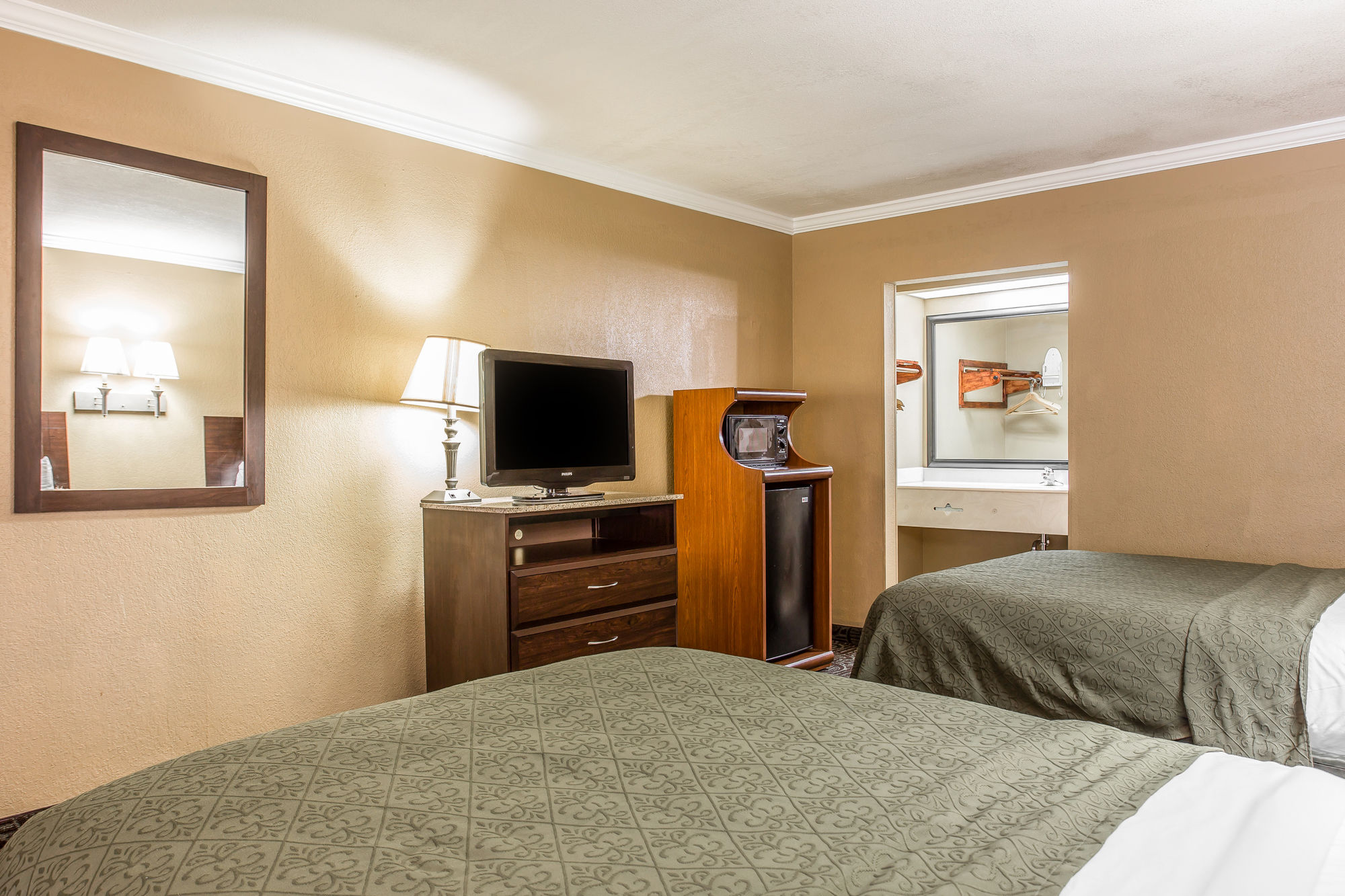 Quality Inn And Suites in Columbia, SC