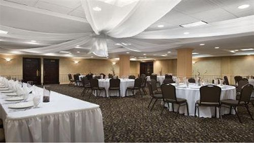 Newark hotel coupons for newark new jersey - Wyndham garden newark airport newark nj ...