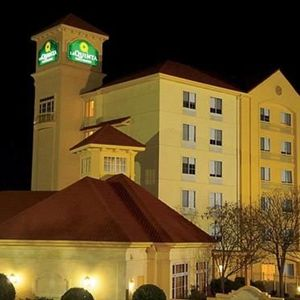 La Quinta Inn & Suites Atlanta Paces Ferry / Vinings