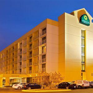 La Quinta Inn & Suites Nashville Airport/Opryland