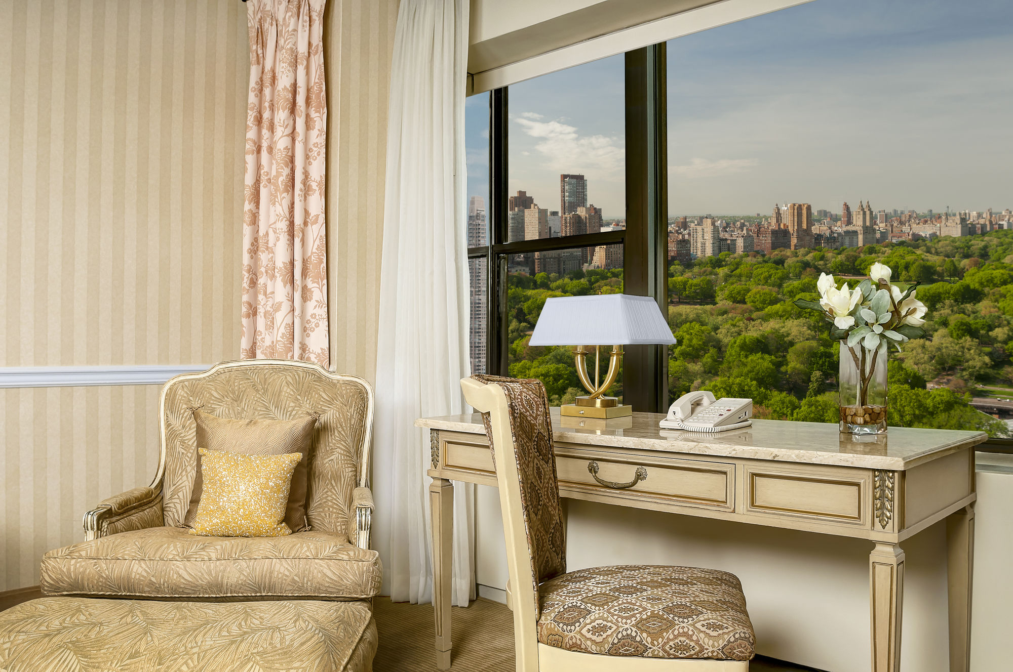 Lane Gramercy Park Bedroom Furniture New York Hotel Coupons For New York New York Freehotelcouponscom