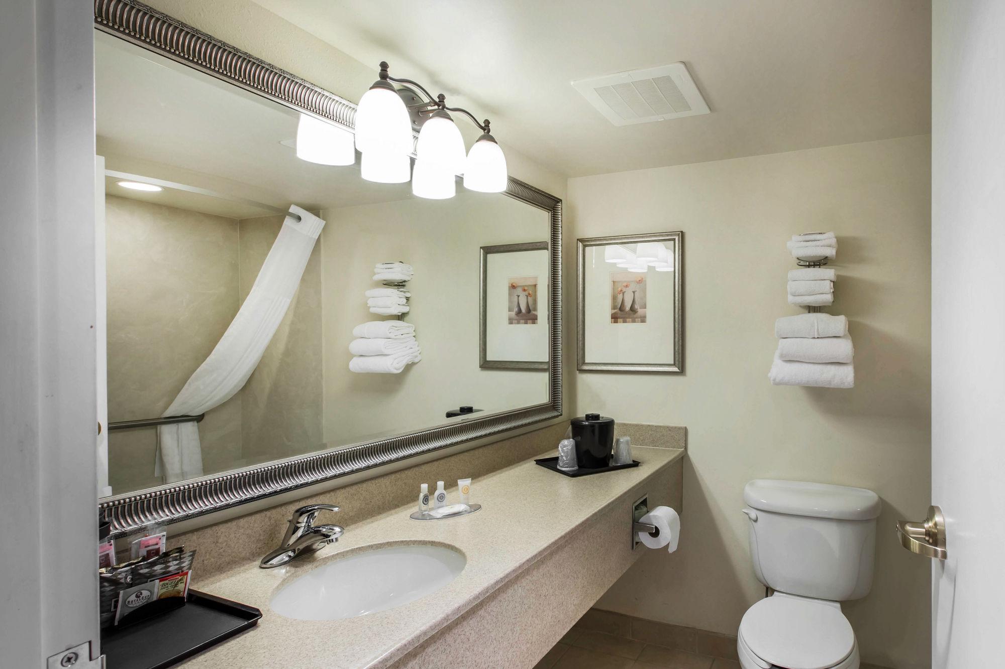 Comfort Inn & Suites in Cordele, GA