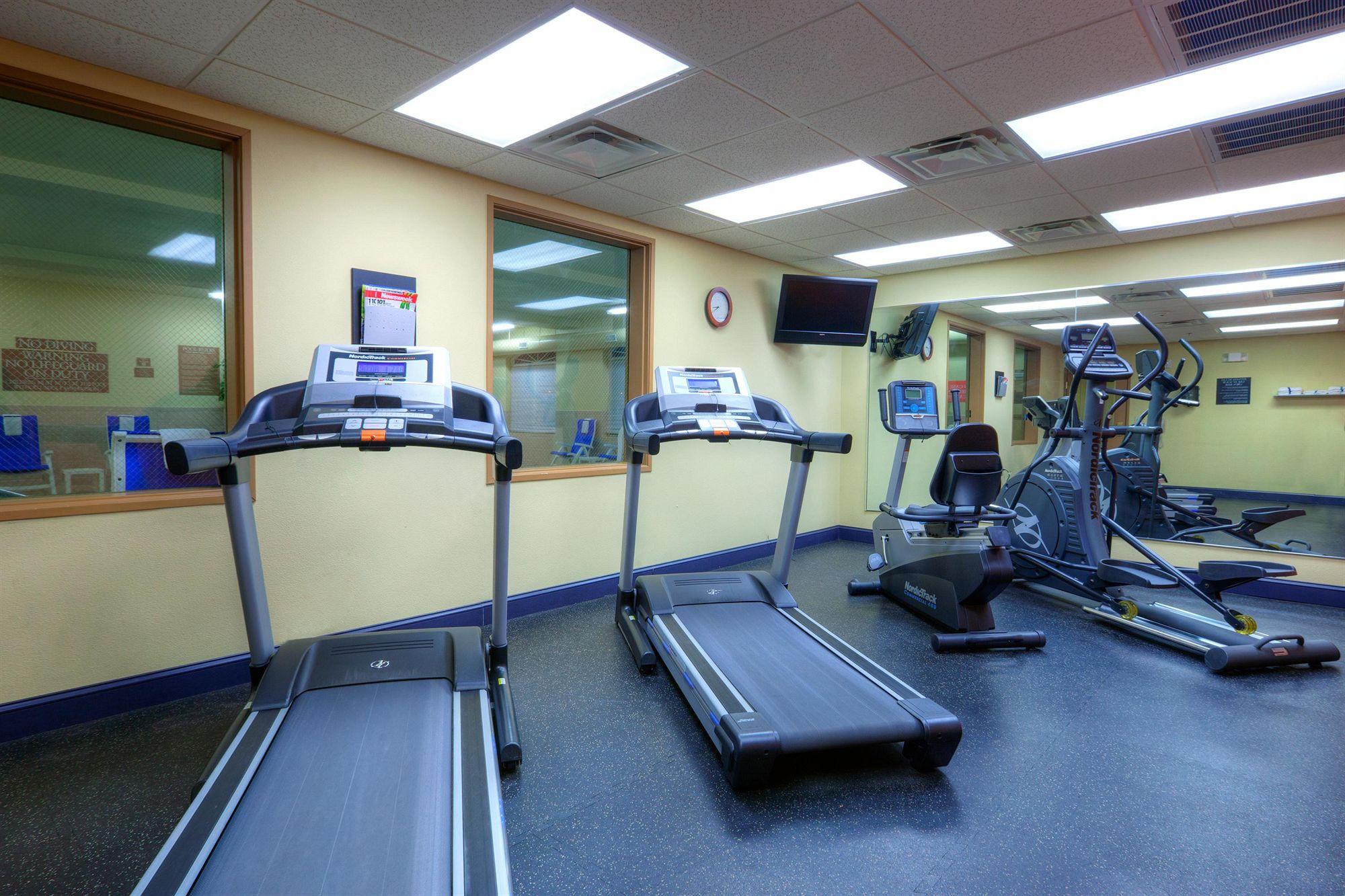 Country Inns & Suites in Emporia, VA