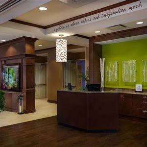 Hilton Garden Inn Phoenix Airport North><span class=