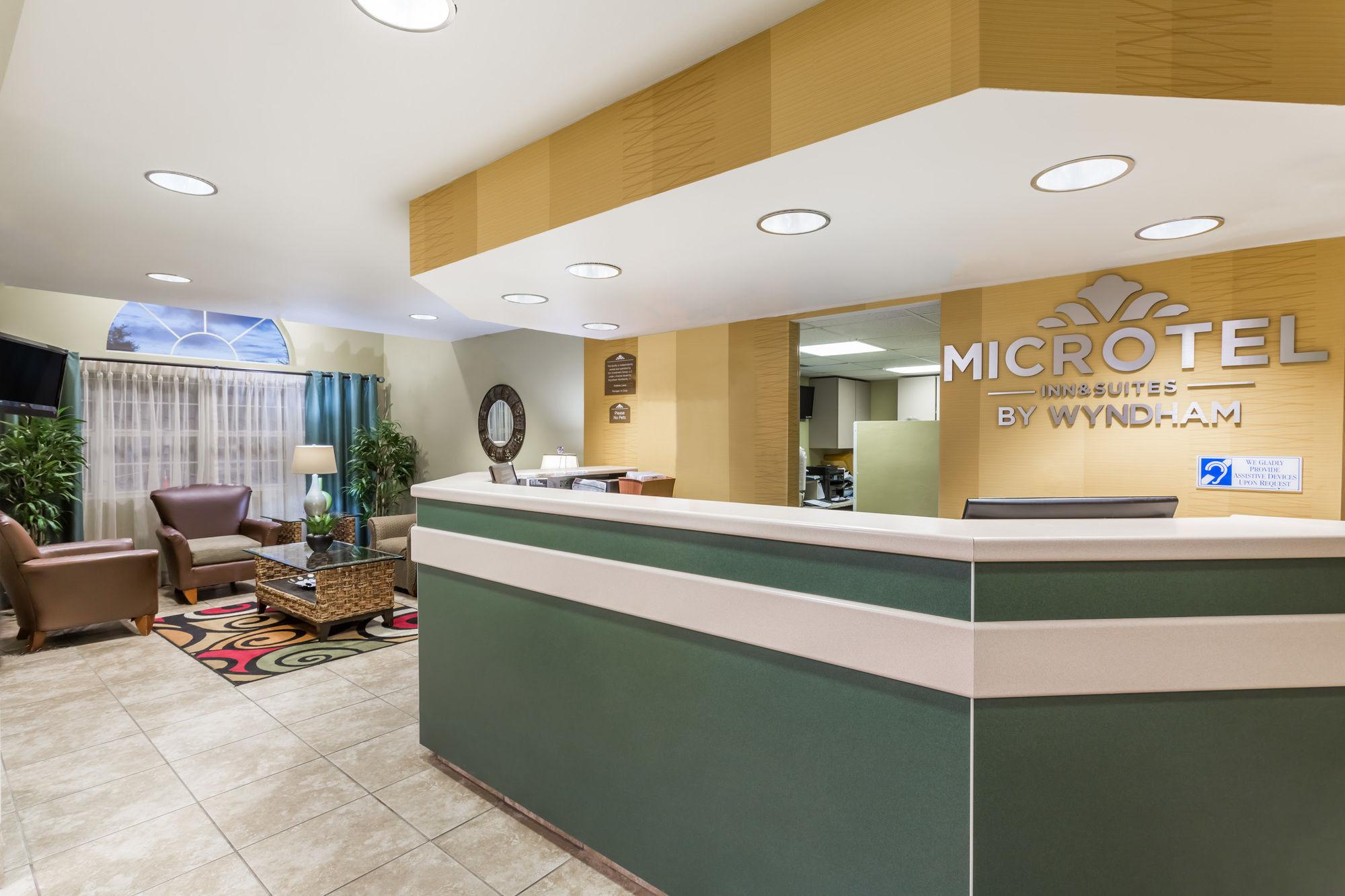 Microtel Inn & Suites by Wyndham Gulf Shores in Gulf Shores, AL