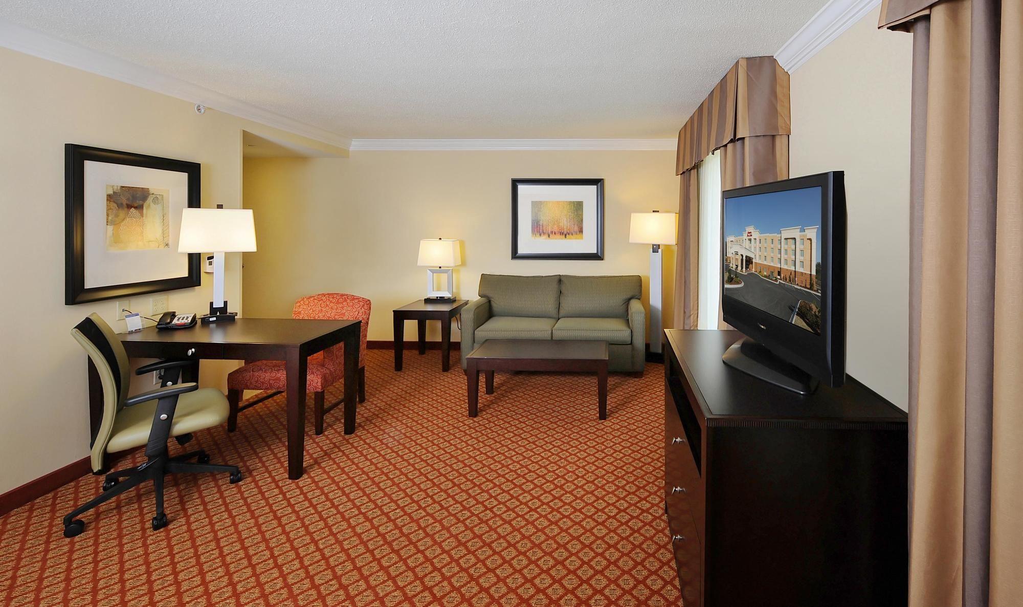 discount coupon for hampton inn suites scottsboro in. Black Bedroom Furniture Sets. Home Design Ideas