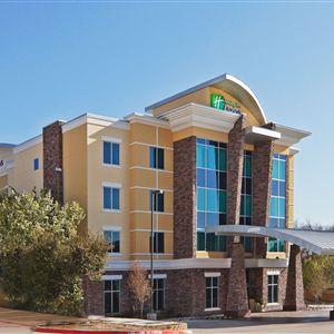 Holiday Inn Express Hotel & Suites North Dallas At Preston